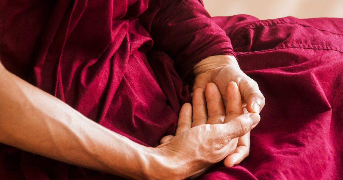 Mudra: Movimenti Terapeutici delle Mani